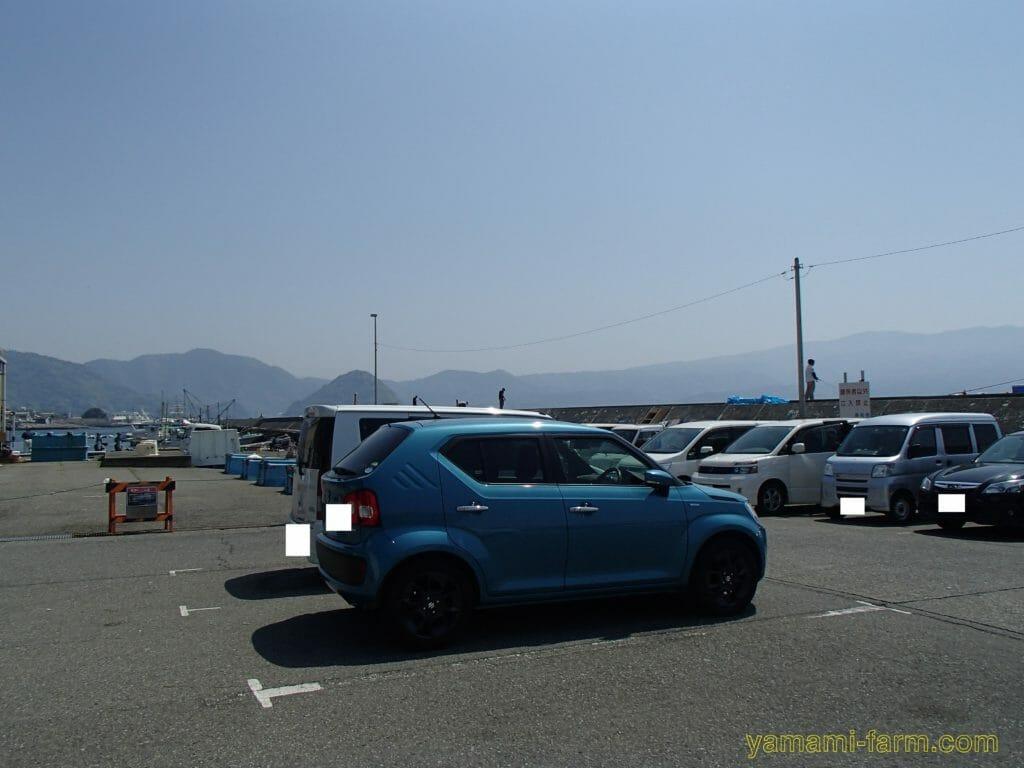 静浦港駐車場